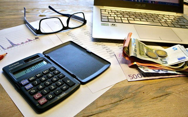 Managing Finances as a Freelance Blogger